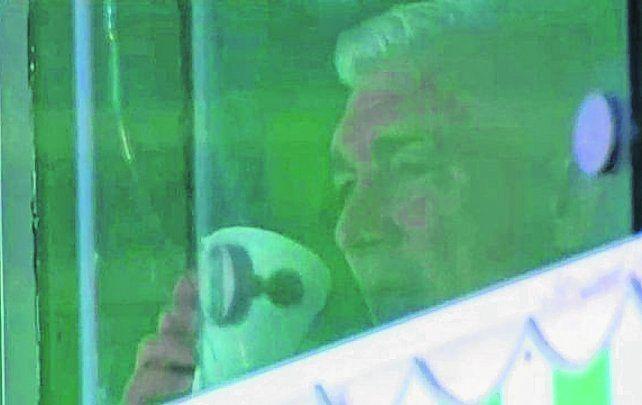 In situ. Omar De Felippe siguió las alternativas del partido desde el palco de Banfield.