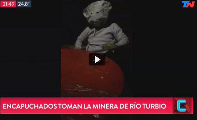 Un grupo de encapuchados tomó la mina de Río Turbio