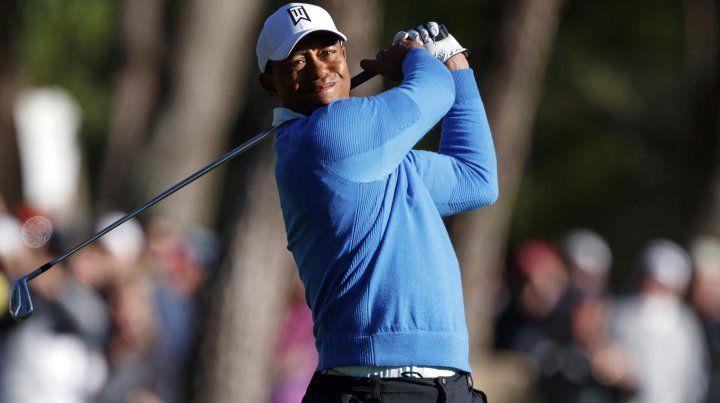 La increíble reacción de un chico al recibir un autógrafo de Tiger Woods