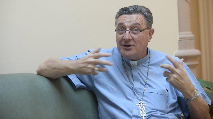 El arzobispo de Rosario comunica, opina y catequiza a través de las redes sociales