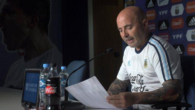 Sampaoli completó la lista con cinco jugadores del fútbol local