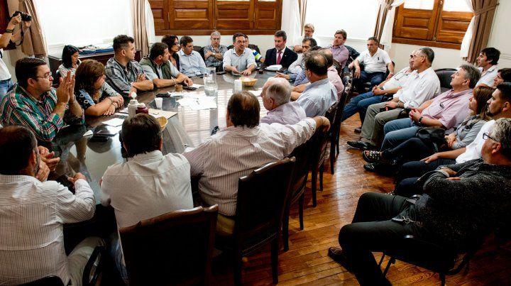 Fracasó la negociación paritaria y los municipales paran 48 horas esta semana
