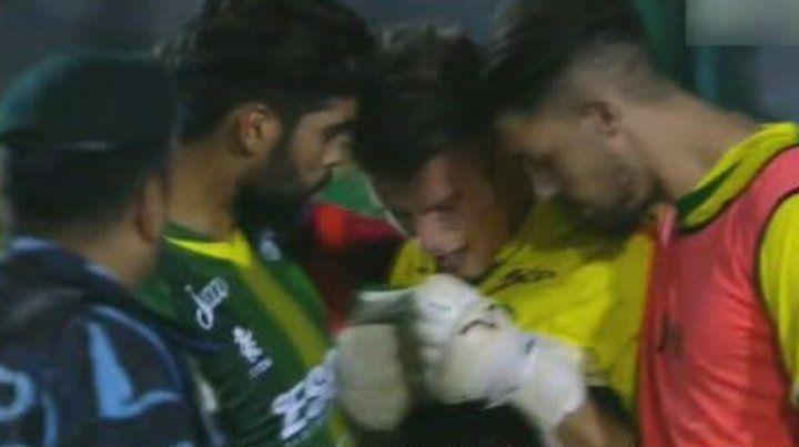 Dolorido. El arquero Unsain rompió en llanto tras el agónico gol de Belgrano en Florencio Varela.