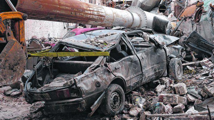 siniestro. La tremenda explosión se produjo en una de las calderas del laboratorio de calle Alem al 2900