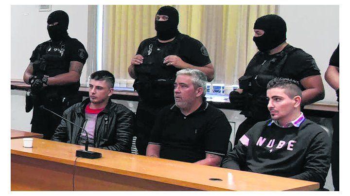 a prisión. Néstor Robledo y los hermanos DAngelo fueron condenados ayer.