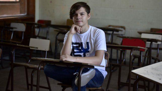 Matemático. Milton Casas quiere competir en las Olimpíadas del Cono Sur.