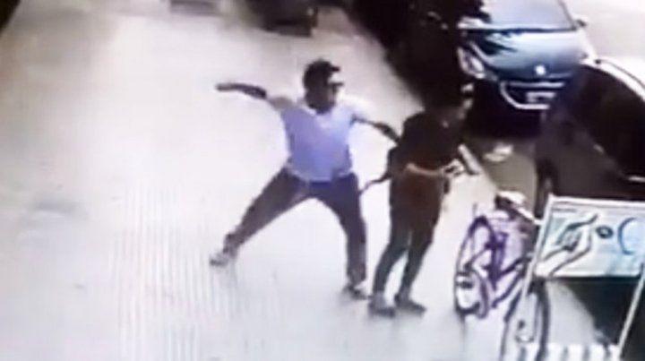 Detenido. El autor de la feroz trompada a una mujer en Palermo fue arrestado.