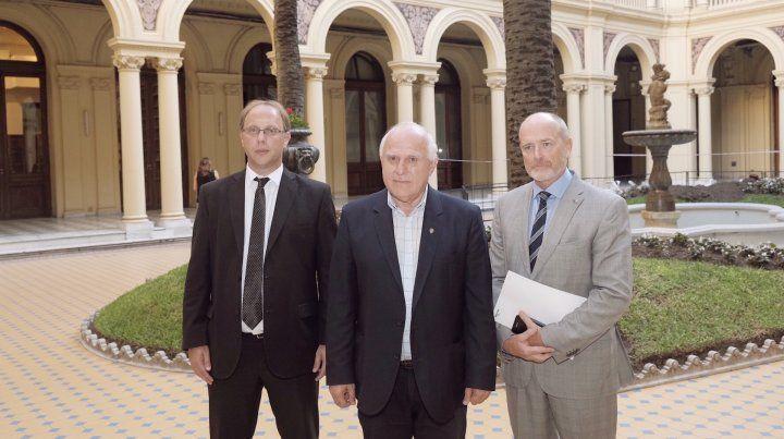 Presentes. Miguel Lifschitz estuvo acompañado del ministro Gonzalo Saglione y el fiscal de Estado Pablo Saccone.