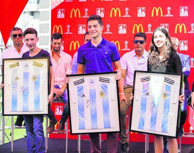 A participar. McDonalds le cumplirá el sueño de viajar a Rusia a 11 niños argentinos.