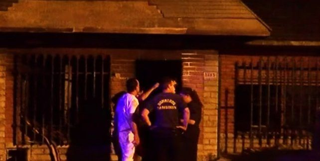 La casa de barrio Alberdi quedó muy dañada. (Foto: captura de TV)