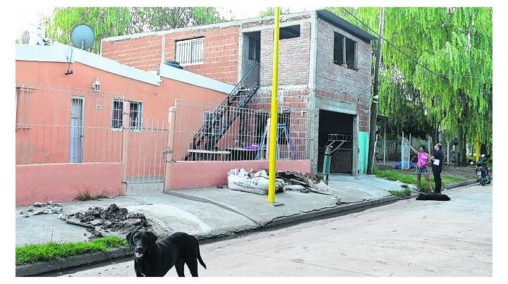 humilde. La casa donde vive el gremialista baleado en Puerto San Martín.
