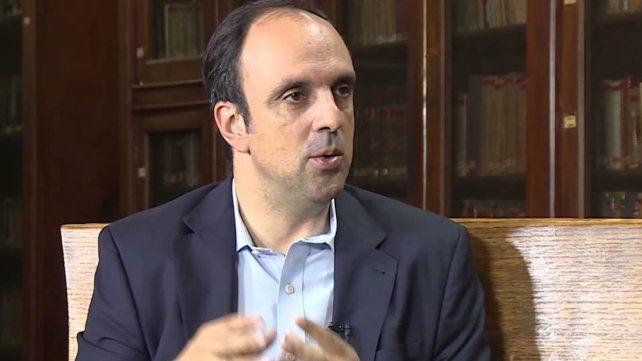 Corral cuestionó la politica de seguridad de la casa Gris y Enrique Estévez salió a cruzarlo.