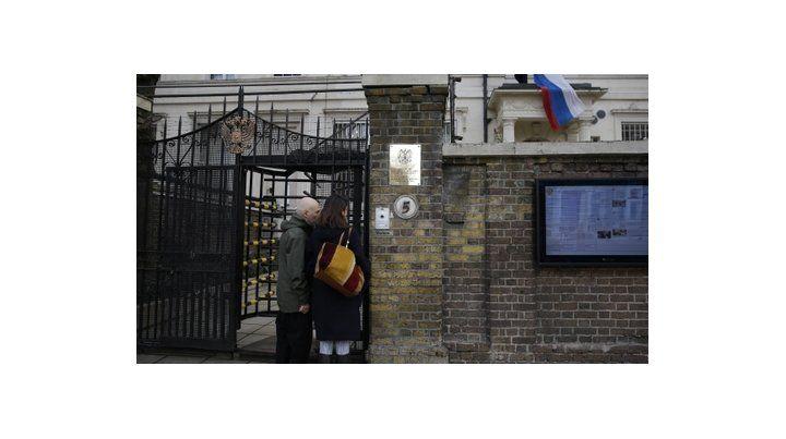 Ultimátum. Los diplomáticos de la embajada rusa en Londres tienen una semana para abandonar Reino Unido.