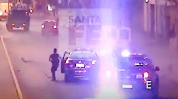 Las cámaras del Ministerio de Seguridad registraron la persecución y el violento choque.