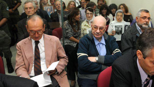 Marcote (saco rosa), Lofiego y Scortecchini, otra vez al banquillo de los acusados.