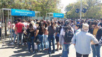 Los millenials rosarinos que buscan trabajo coparon la Feria de Empleo Joven