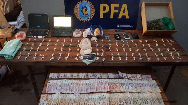 La Delegación Rosario de la Policía Federal Argentina realizó el allanamiento en barrio Los Robles