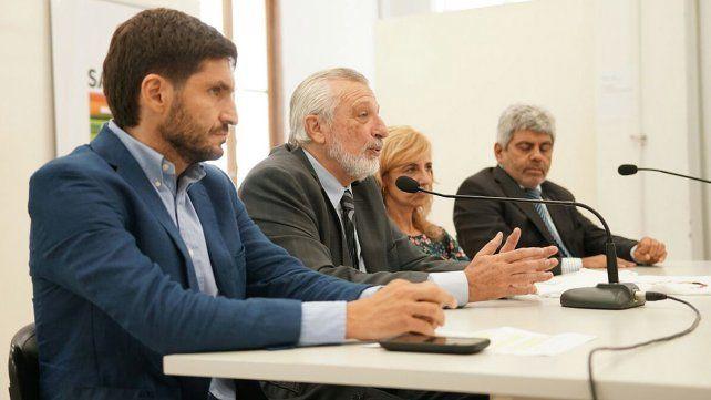 El ministro de Seguridad Maximiliano Pullaro dio explicaciones sobre el financiamiento del show de Los Palmeras en el Obelisco.