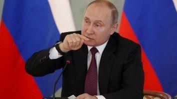 A las urnas. Pese a las dificultades, los rusos se muestran fieles a Putin.