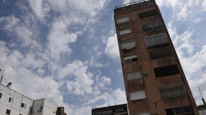 Rige un alerta por lluvias y tormentas fuertes para Rosario