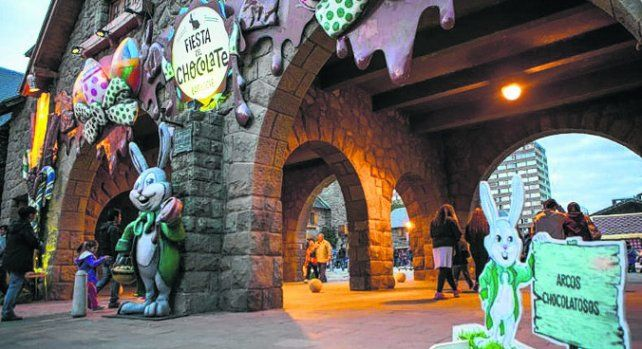 Bariloche espera a los turistas a puro chocolate
