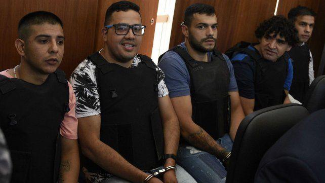 """Chamorro, """"Guille"""" Cantero, Vilches, """"El viejo"""" Cantero y """"Monchi Machuca"""", los principales acusados."""