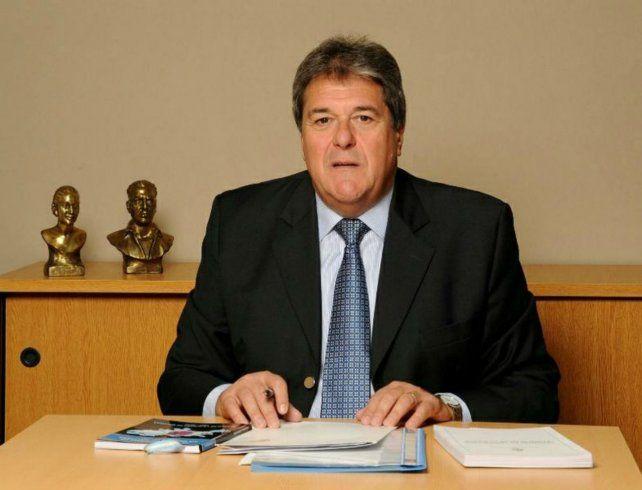 Legislador. Luis Rubeo