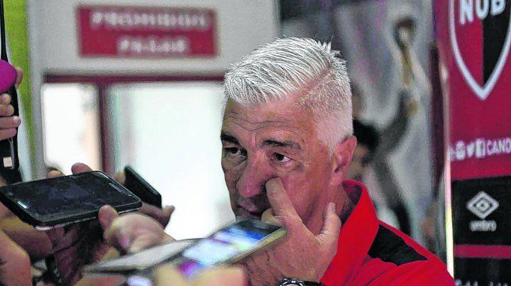 La palabra del DT. De Felippe dijo que el equipo salió a buscar el empate pero que no tuvimos claridad.