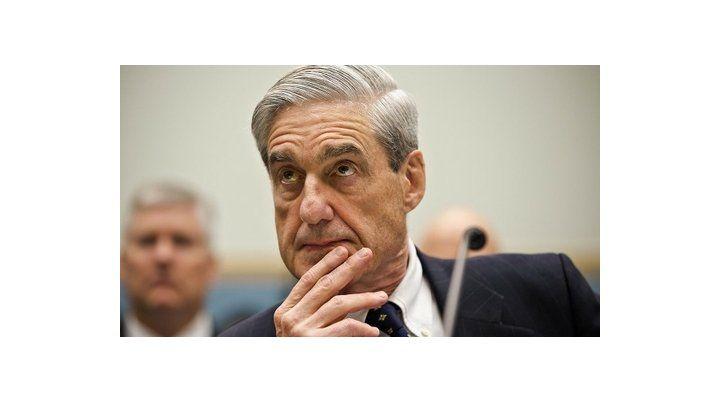insospechable. Robert Mueller es republicano y fue designado al frente del FBI por George W. Bush.