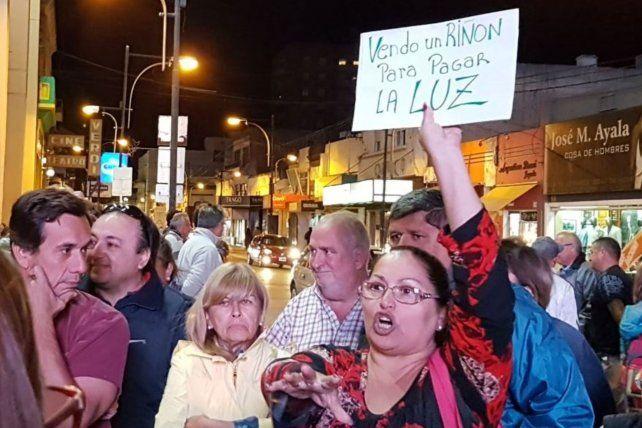 Vecinos de Venado Tuerto se movilizaron por las tarifas de luz
