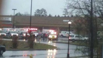 Tres heridos en un tiroteo en una escuela de Maryland