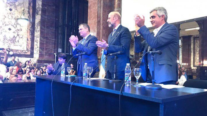 Correa junto al rector de la UNR