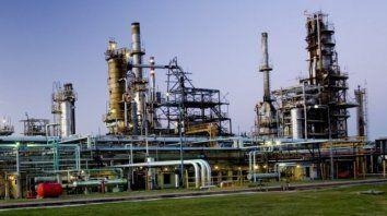 La histórica refinería está paralizada por un conflicto judicial.