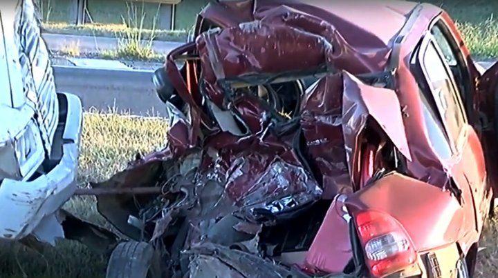 Un automovilista murió en un choque en la autopista Rosario-Buenos Aires