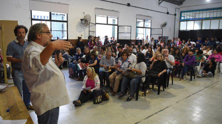 Los docentes de Amsafe votaron de manera unánime por el rechazo de la propuesta.
