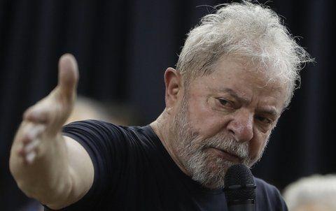 Contra las cuerdas. El popular ex jefe de Estado se encuentra jaqueado por la Justicia brasileña.