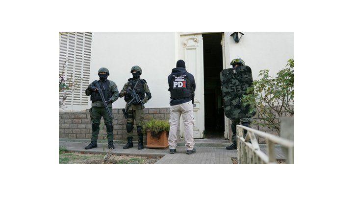villa mugueta. En una casa de 25 de Mayo al 800 cayó uno de los siete apresados en el operativo.