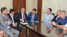 Tenemos que hacer una asamblea multitudinaria y ejemplar, sostuvo el opositor Giraudo tras la reunión de hoy.