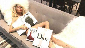 Vicki Xipolitakis se desnudó para su día de lectura