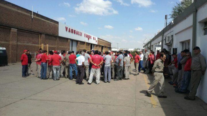 Los trabajadores rechazaron hoy la nueva propuesta de la empresa.