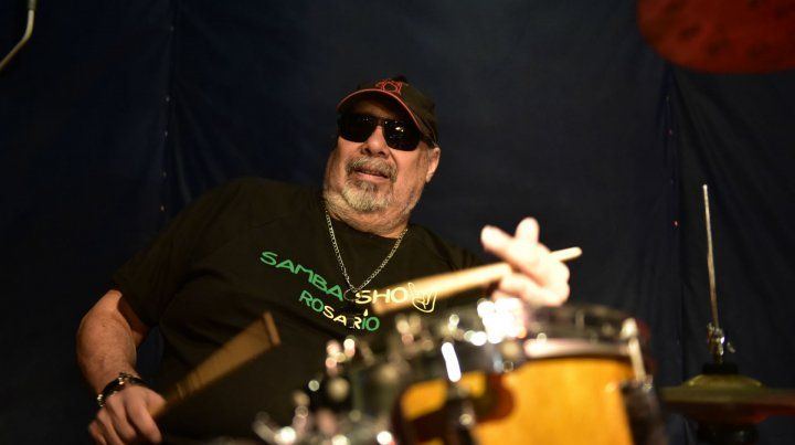 El baterista y cantante Omar Pogonza grabó Identidad y lo presentará en Rosario y también en Brasil.