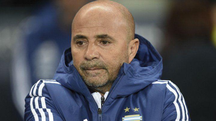 Russo quiere que Sampaoli siga al frente de la selección