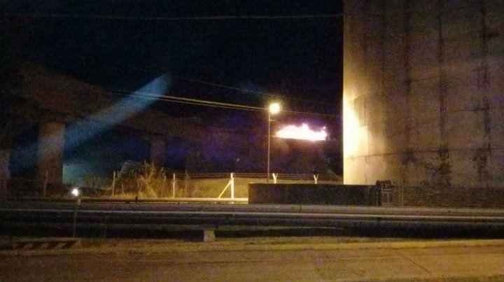 El incendio se produjo en una cinta transportadora.