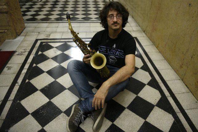 El saxofonista presenta un álbum con temas propios y sonido impecable.