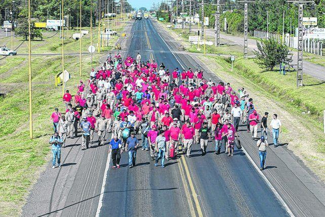 otra vez. El corte de rutas vuelve a constituirse como la principal herramienta de reclamo de los trabajadores.
