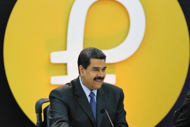 El petro de Maduro tuvo un lanzamiento complicado e incierto