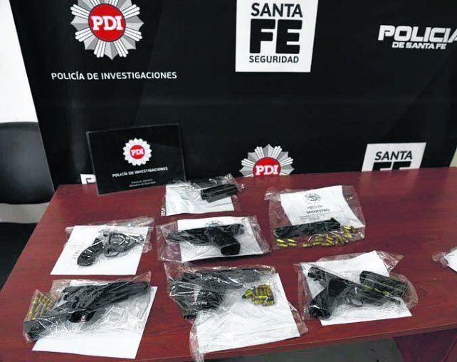 armas ilÍcitas. Piezas secuestradas en noviembre por la PDI.