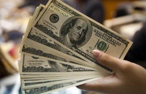 verdes. El Central se muestra activo para financiar la fuga de divisas.