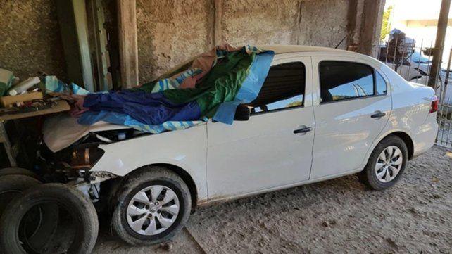 El auto tal como fue encontrado hoy en la localidad de Gutiérrez