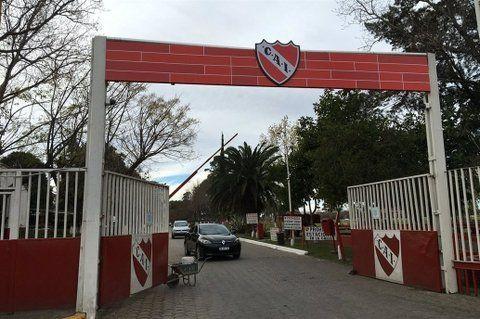 Pensión de inferiores. Instalaciones del club de Avellaneda donde la fiscal del caso se hizo presente ayer.